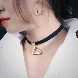 Ericdress Vintage Style Triangle Pendant Velvet Necklace