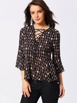 Ericdrss Lace-Up Three-Quarter Blouse