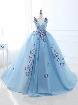 Ericdress Ball Gown V-Neck Appliques Embroidery Court Train Quinceanera Dress
