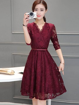 Ericdress Cross V-Neck Hollow Pleated Knee-Length Lace Dress