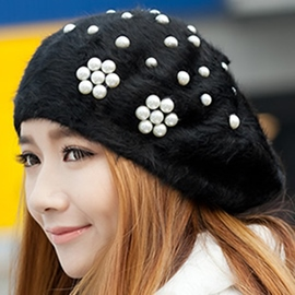 Trendy Pearl Decorated Beret Hat